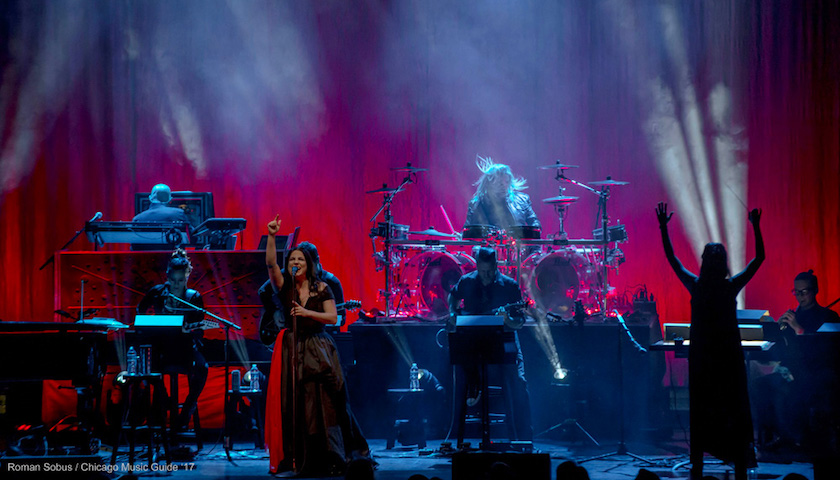 REVIEW - Evanescence Live at the Chicago Theatre 1