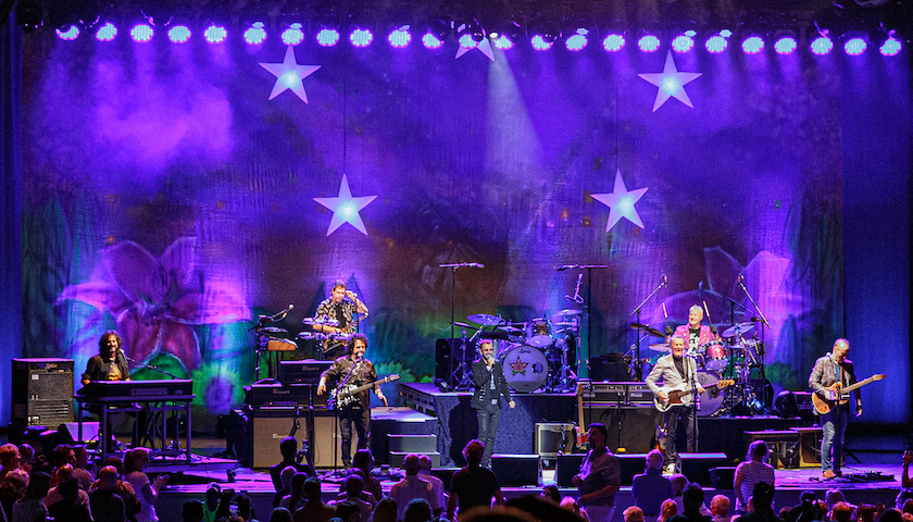 Ringo Starr and His All Starr Band Live at Ravinia [GALLERY] 1