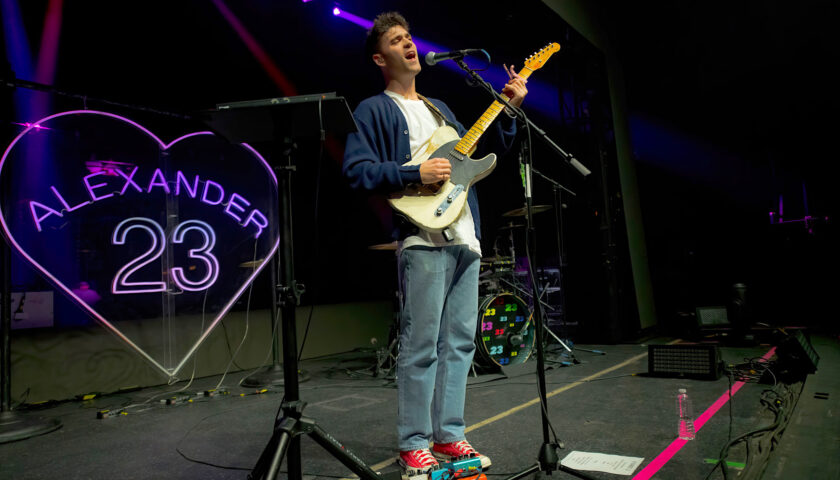 Alexander 23 reconnects with fans for memorable hometown performance 10