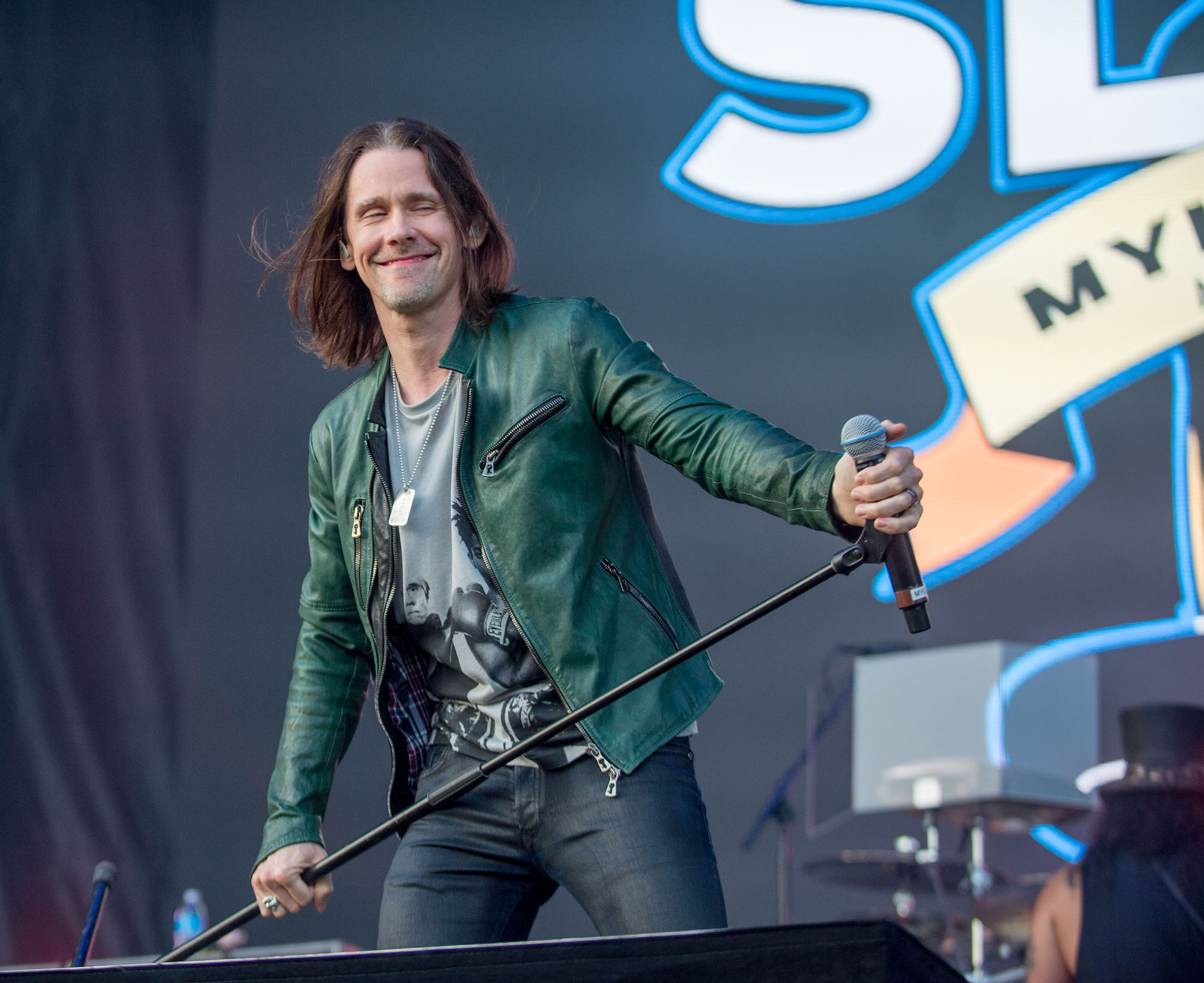 SLASH Featuring Myles Kennedy And The Conspirators Live at Lollapalooza [GALLERY] 4