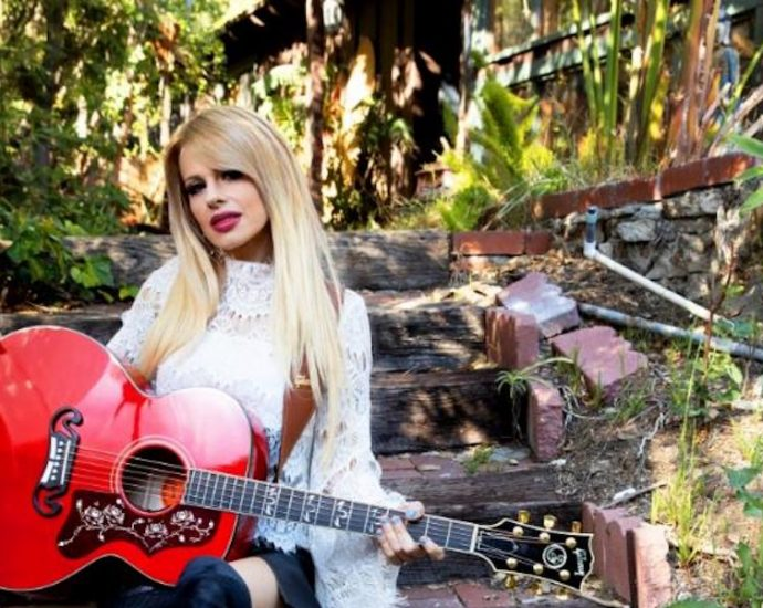 Gibson Announces Orianthi SJ-200 Acoustic Guitar in Cherry, Available Worldwide on Gibson.com