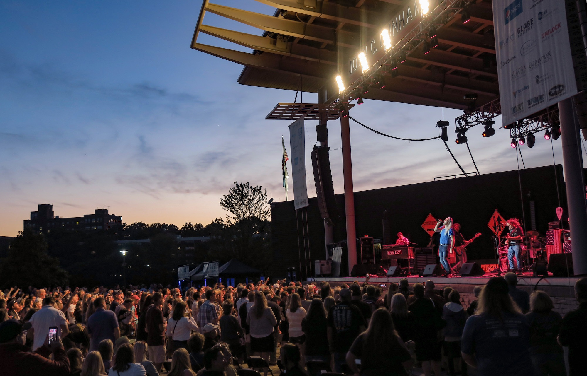 Head East Live at RiverEdge Park [GALLERY] 9