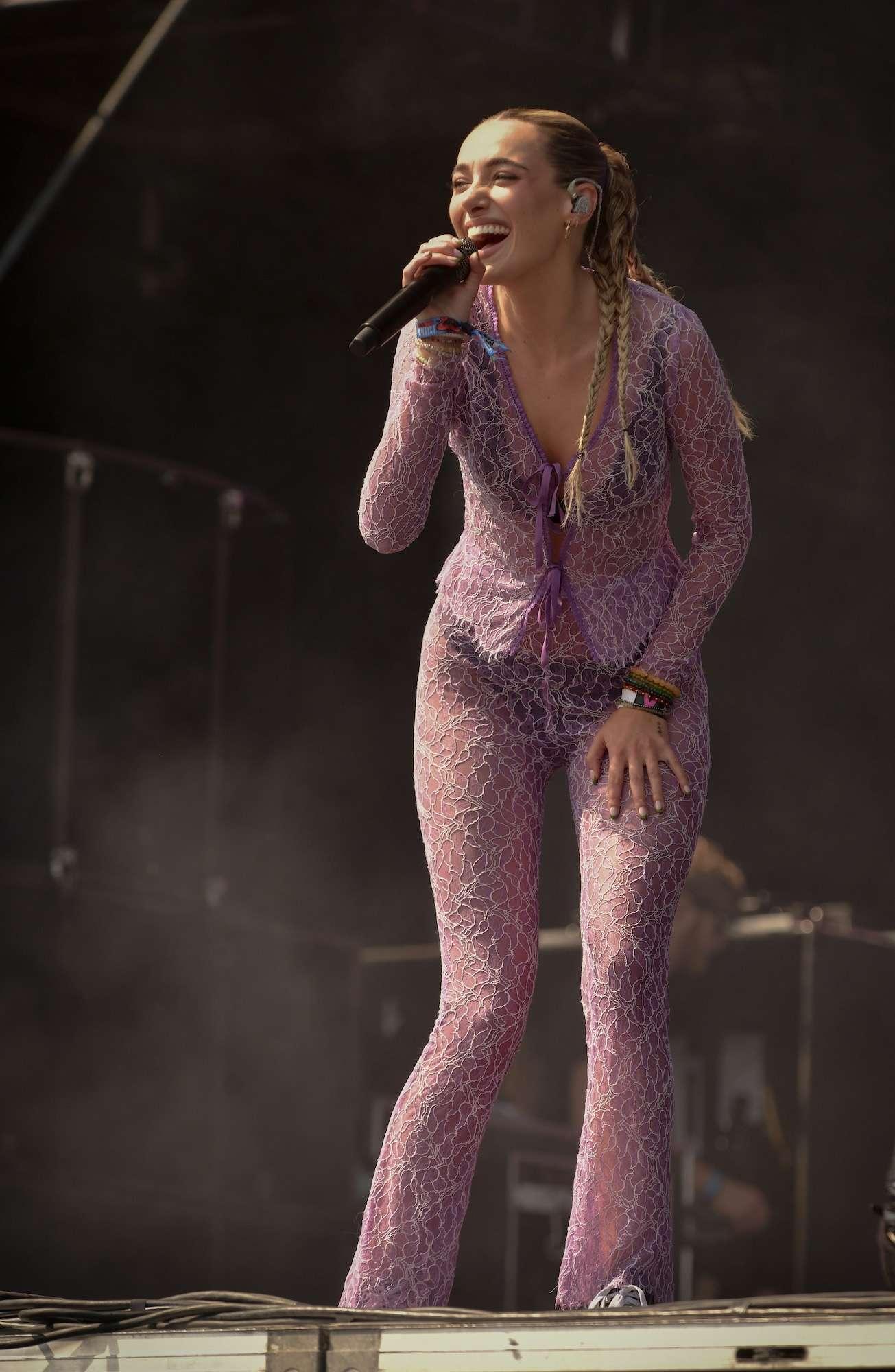 Olivia O'Brien Live at Lollapalooza [GALLERY] 2