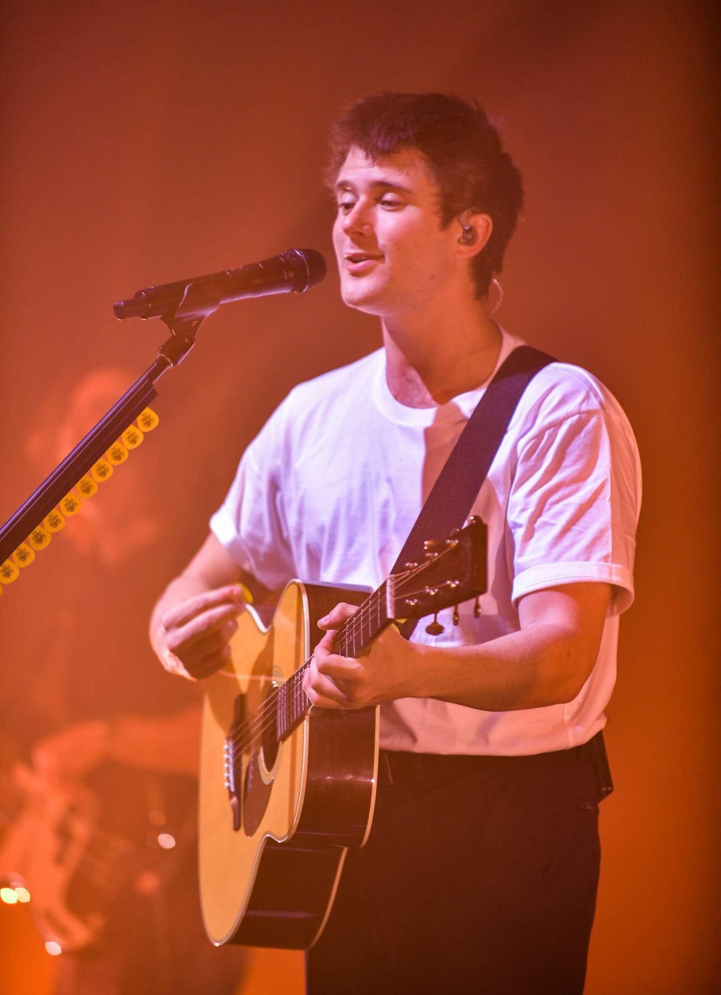 Alec Benjamin Live at Riviera [GALLERY] 18