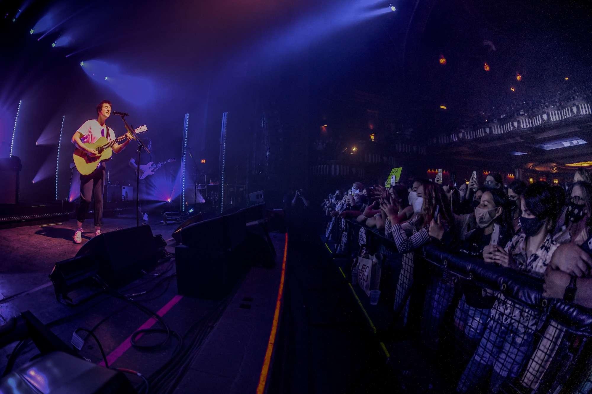 Alec Benjamin Live at Riviera [GALLERY] 11