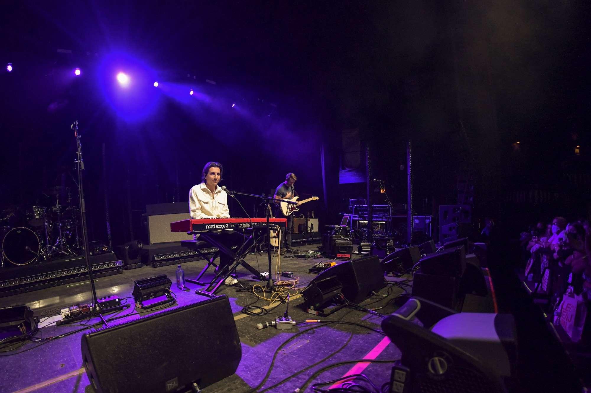 Anson Seabra Live at Riviera [GALLERY] 2