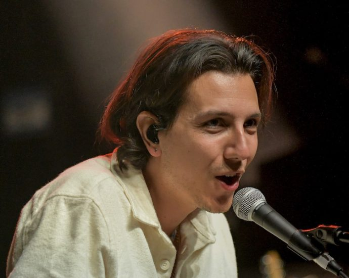Anson Seabra Live at Riviera