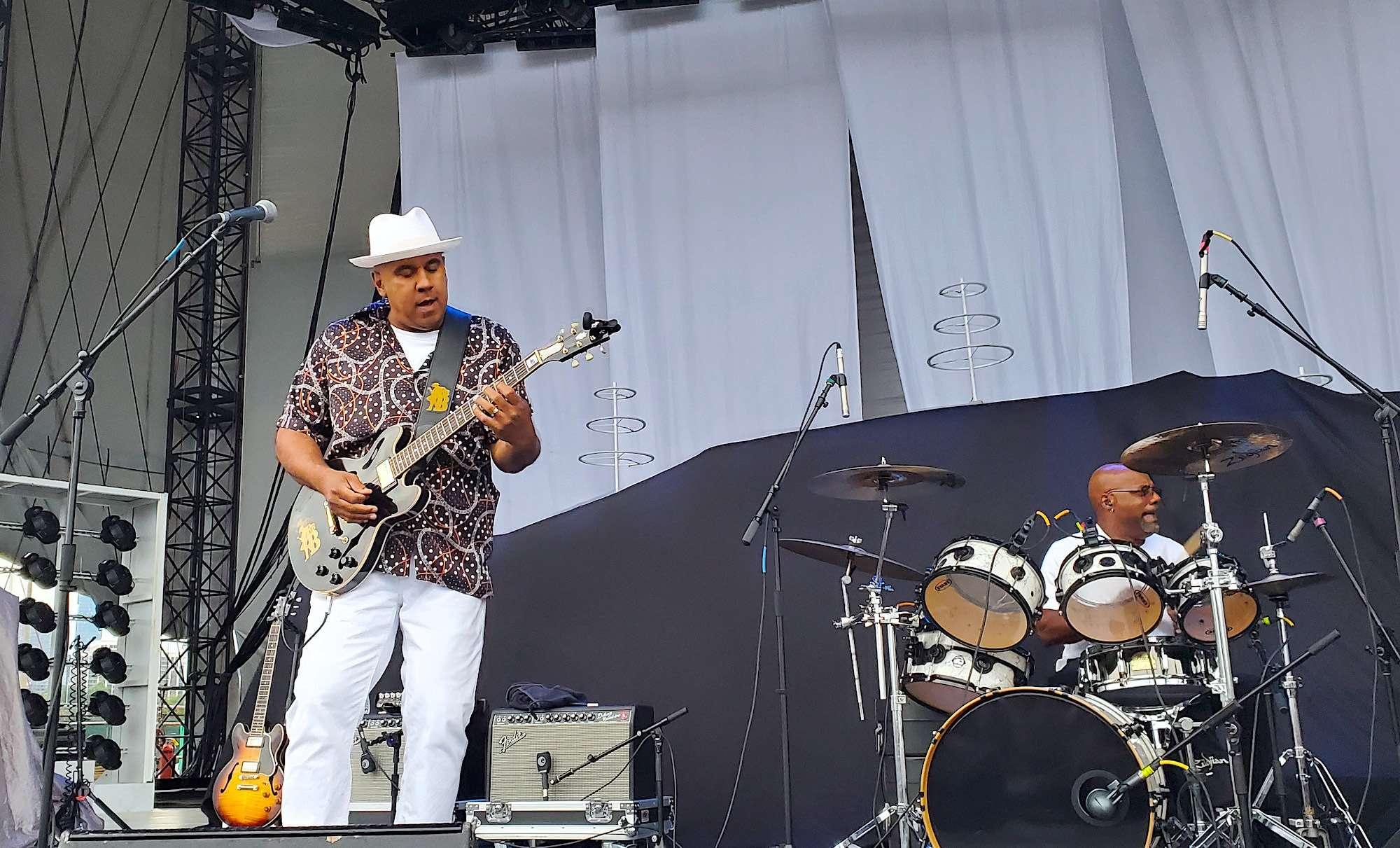 Ronnie Baker Brooks Live at Huntington Bank Pavilion [GALLERY] 13