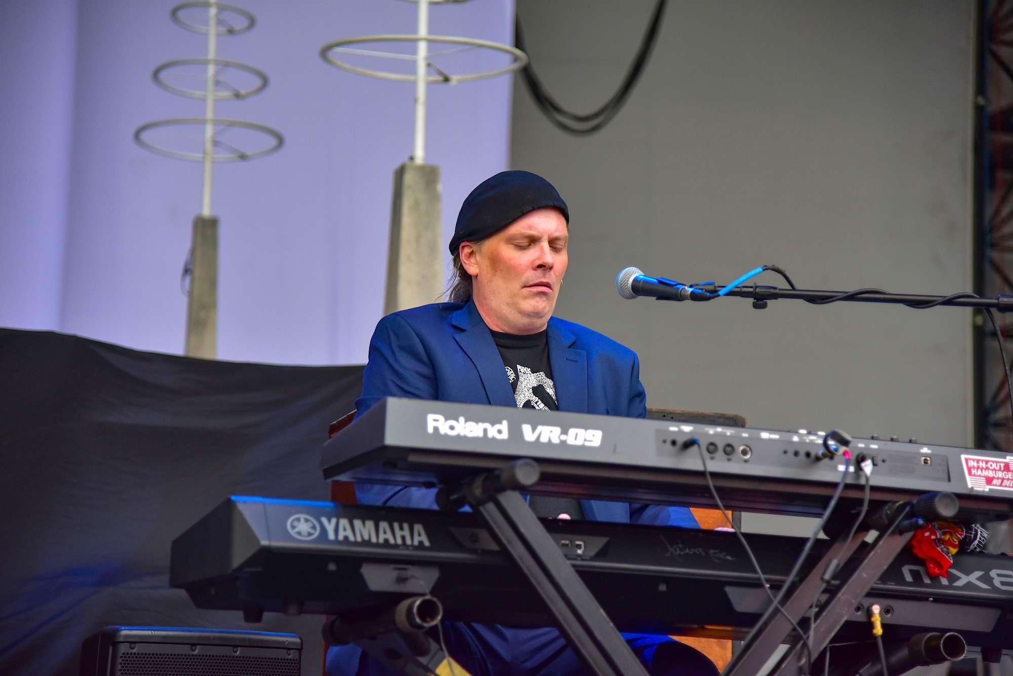 Ronnie Baker Brooks Live at Huntington Bank Pavilion [GALLERY] 10