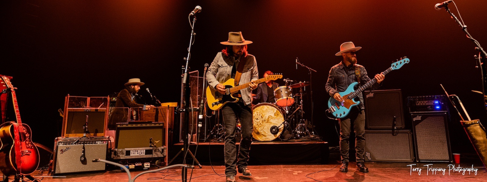 Lukas Nelson Live at the Vic Theatre